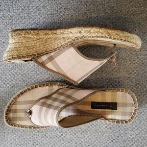 BURBERRY pink Nova check thong sandal